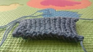 Stretchy bind offs - The pretty edge of Jeny's Surprisingly Stretchy Bind Off
