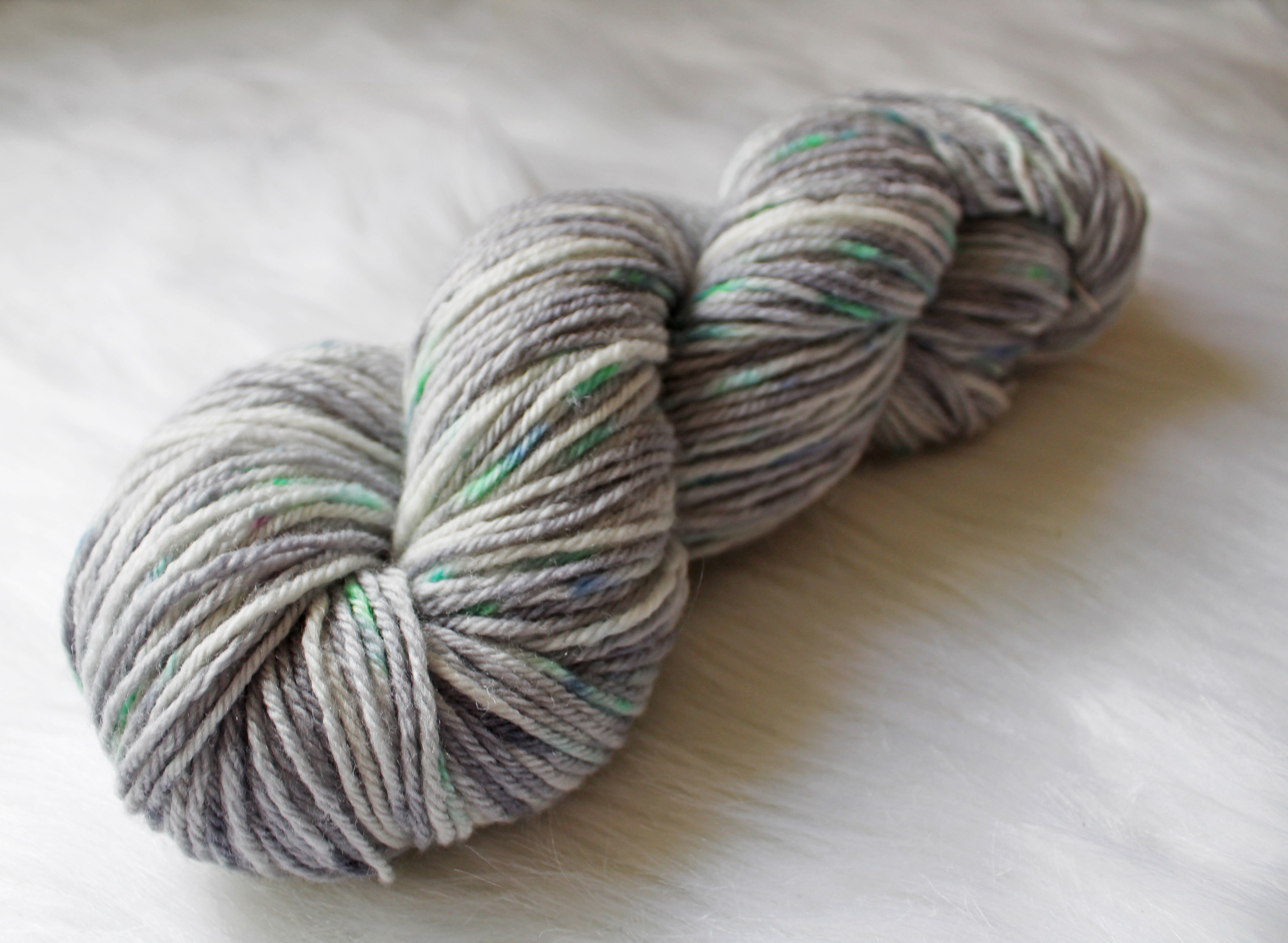 interview - Concrete, a colorway of Springtime in Paris (image ©Unicorn Yarn Co.)