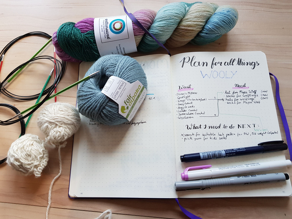 start for your knitting year - Yes, my handwriting is all over the place. I keep trying to write neatly but then fall back into my typical, hardly legible handwriting